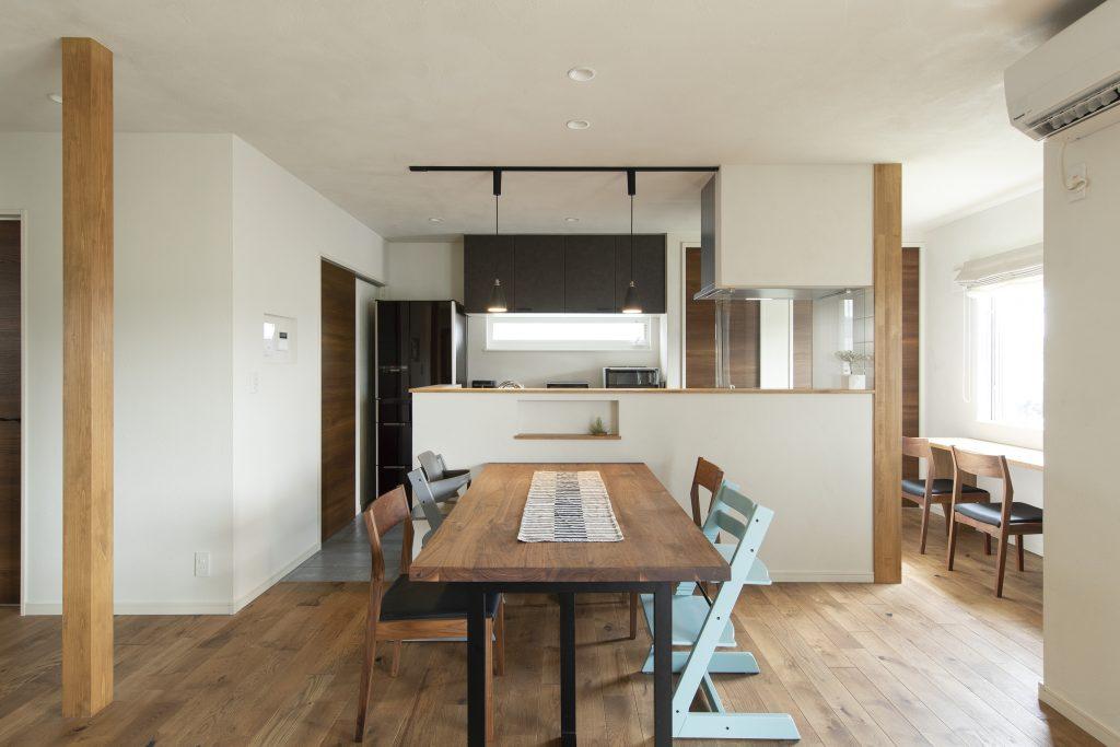 造作家具とキッチンにこだわった、暮らしにフィットする家